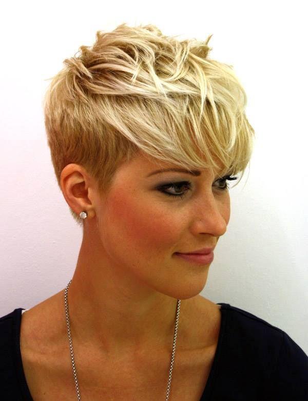 cabelo curto arredondado