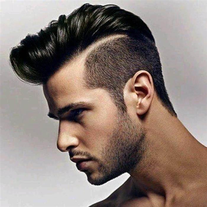 cabelo masculino com topete e risco
