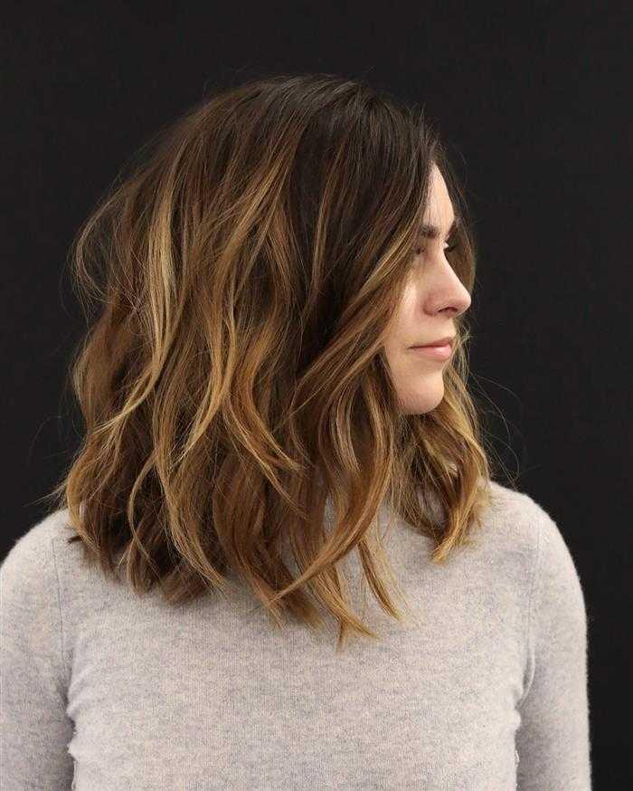 cabelo feminino com mechas
