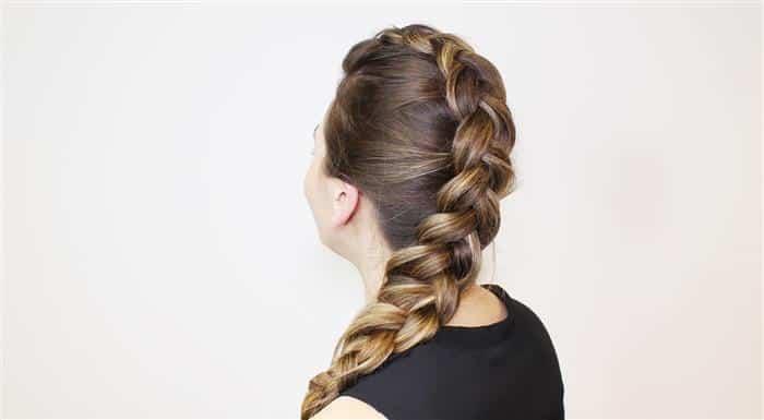 Penteados com tranças laterais