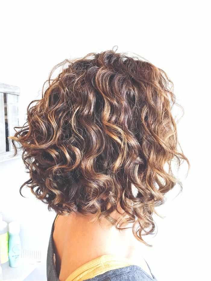 como cuidar de cabelos com luzes