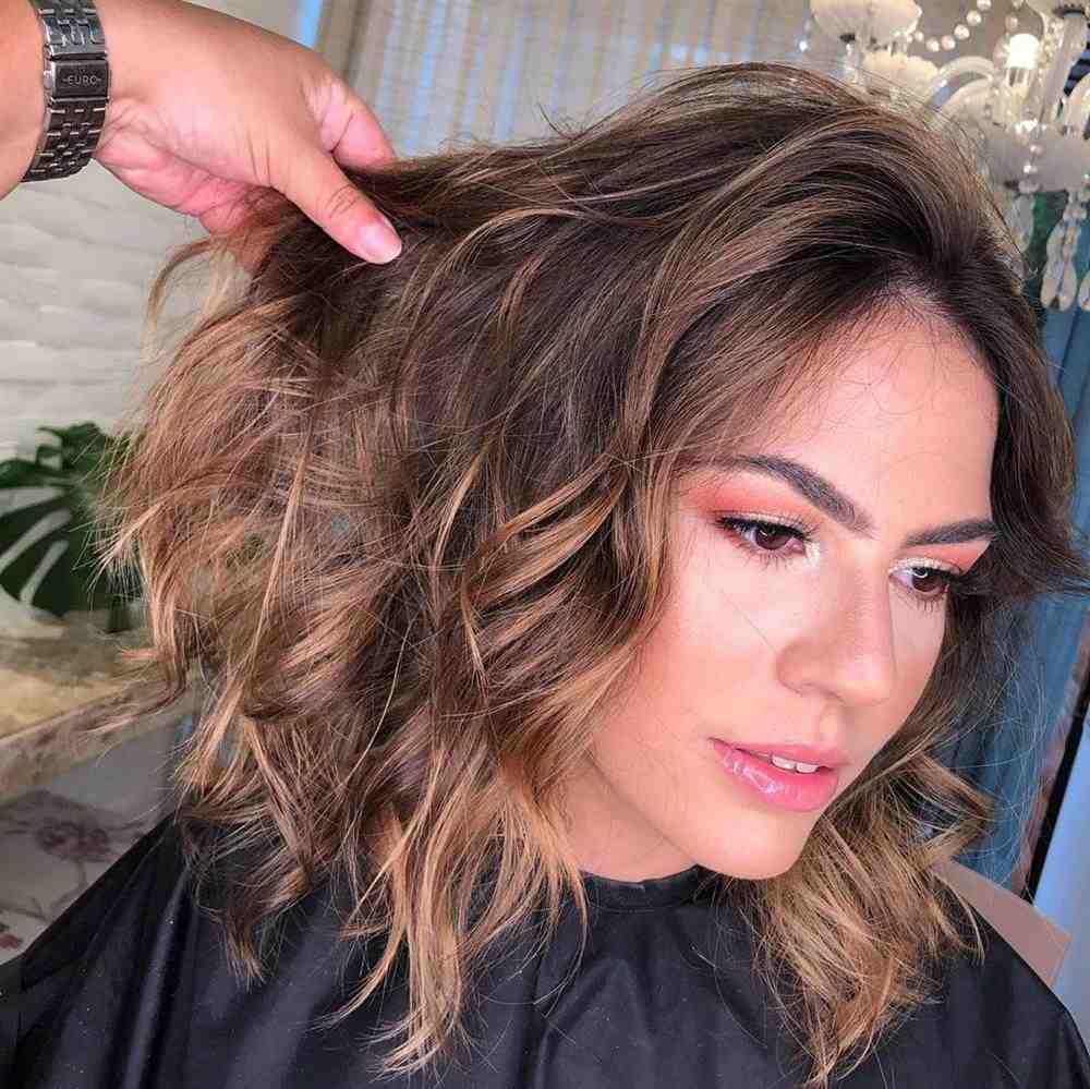 cabelo morena iluminada 2020