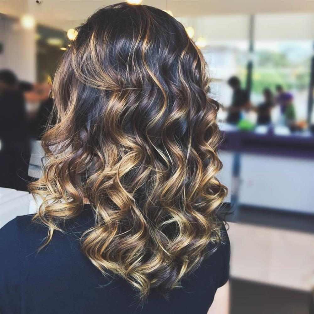 morena iluminada 2020 cabelo medio