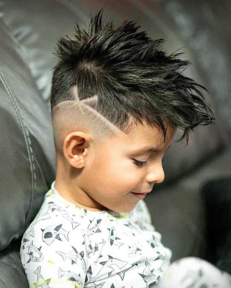 corte de cabelo infantil arrepiado