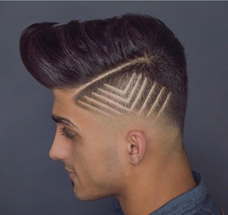 corte de cabelo com varios riscos