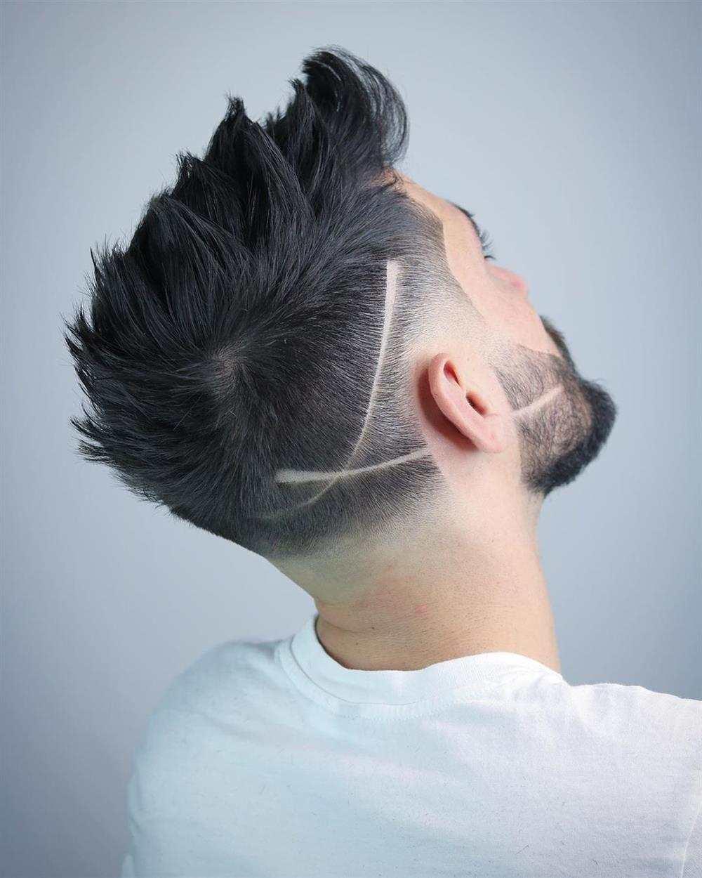 listra no cabelo e na barba