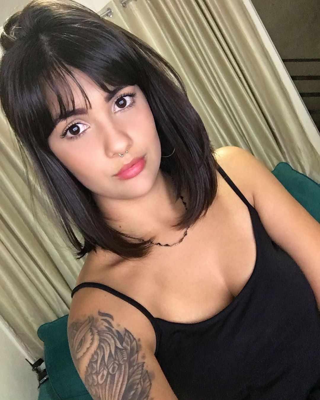 imagem de corte de cabelo medio feminino