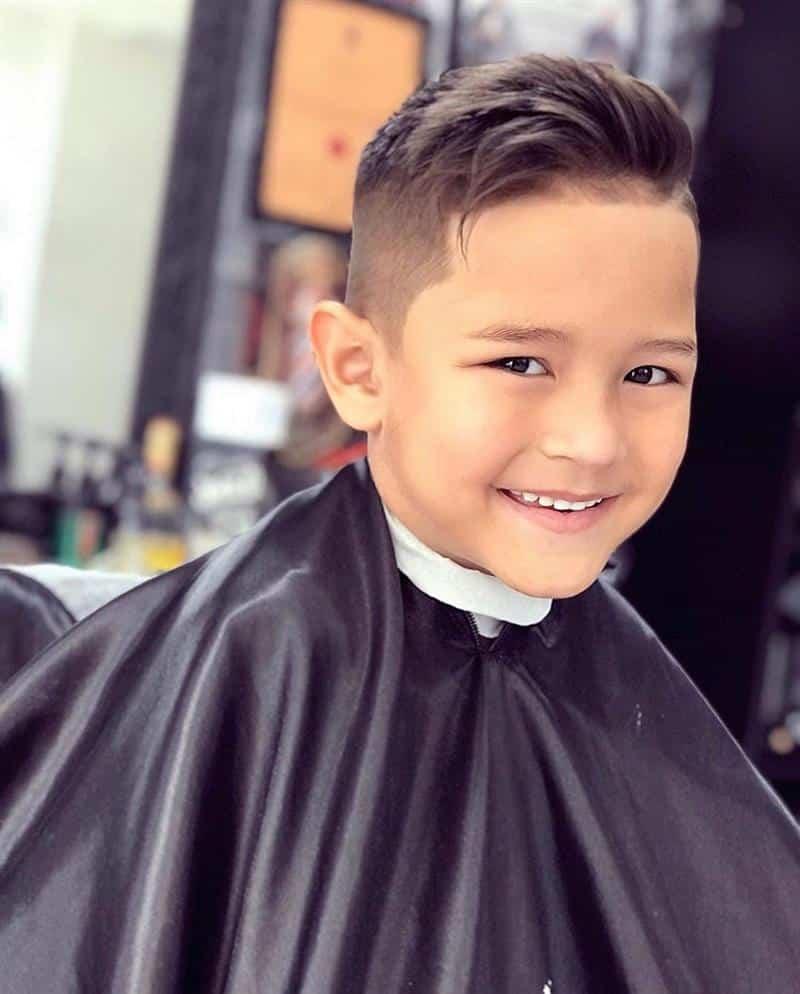 corte de cabelo masculino infantil com topete