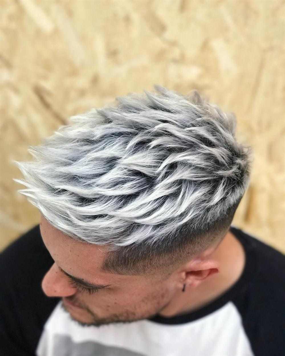 cabelo cinza claro