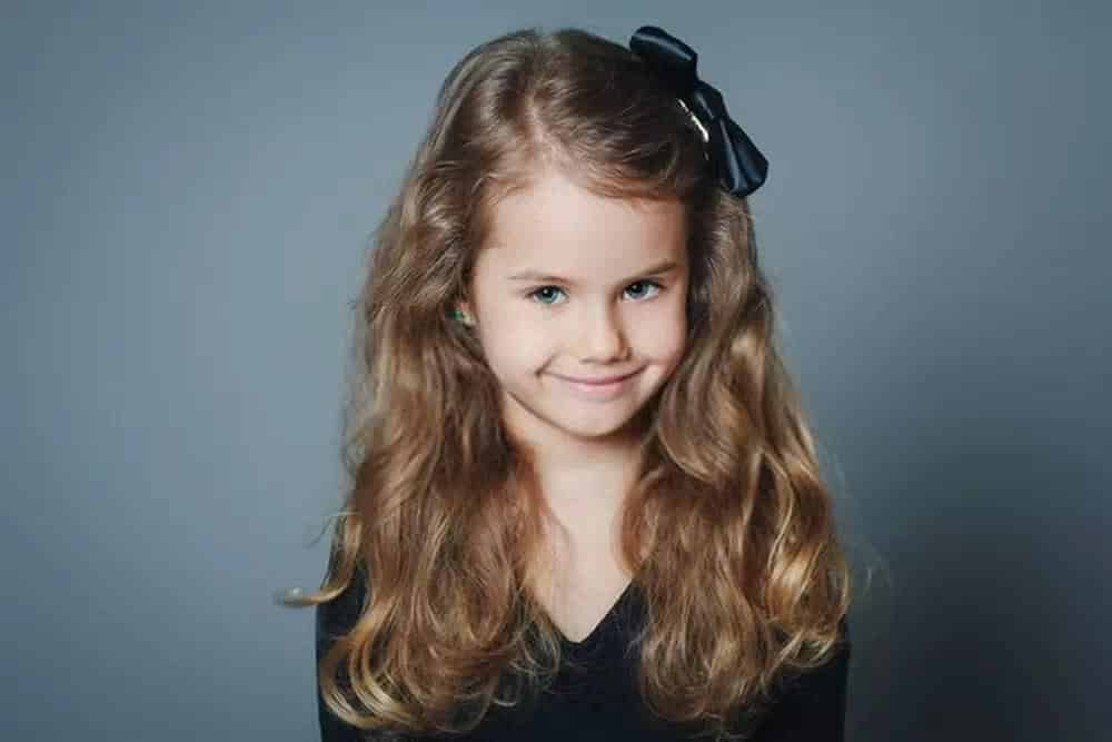 corte de cabelo infantil feminino longo ondulado