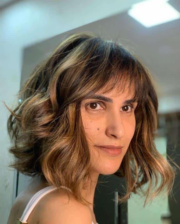 corte de cabelo curto morena iluminada