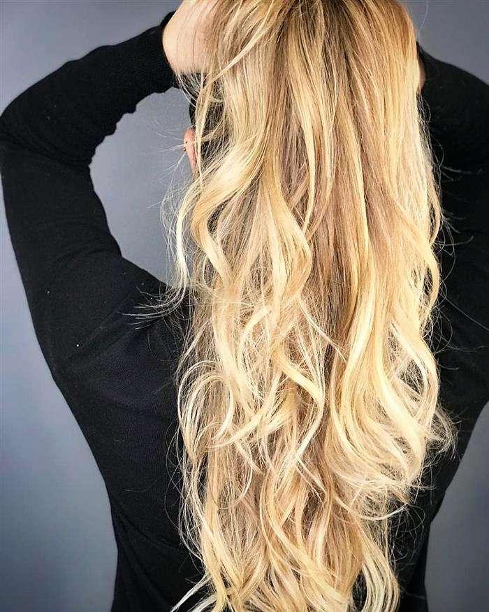 Cortes de cabelos longos super loiras