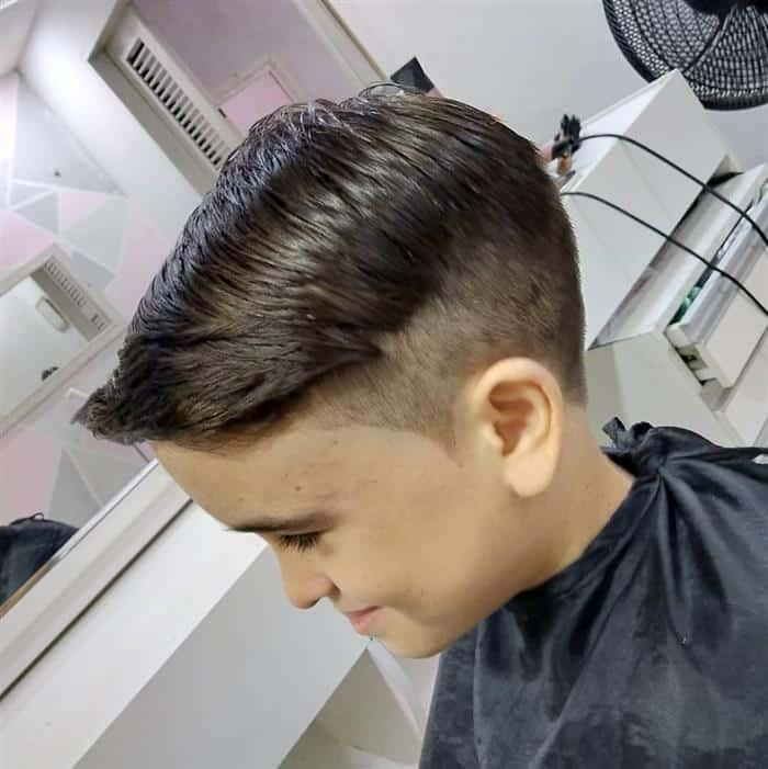 corte de cabelo com topete