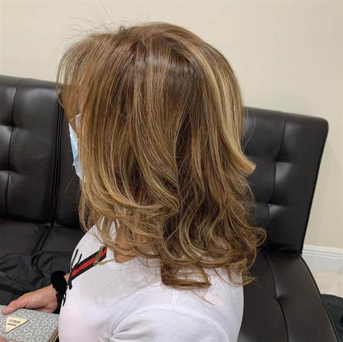 corte cabelo medio com franja lateral