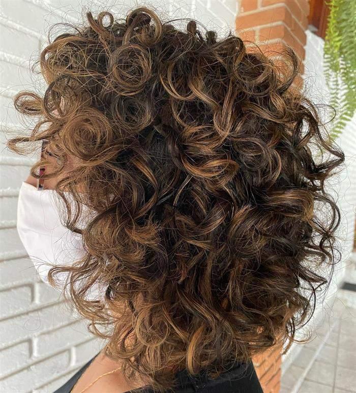 cores de cabelo com mechas para morenas