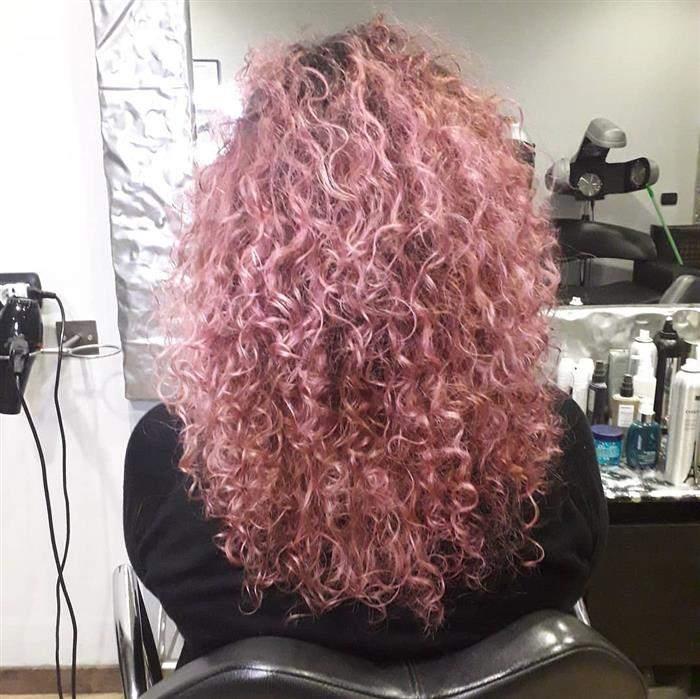 cores de cabelo para morenas cacheadas