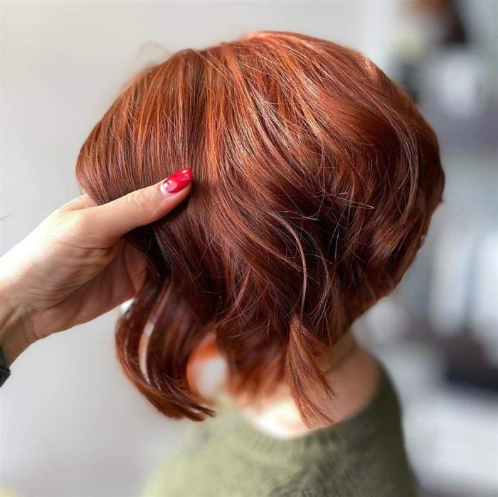cores de cabelo que deixam a pele mais clara