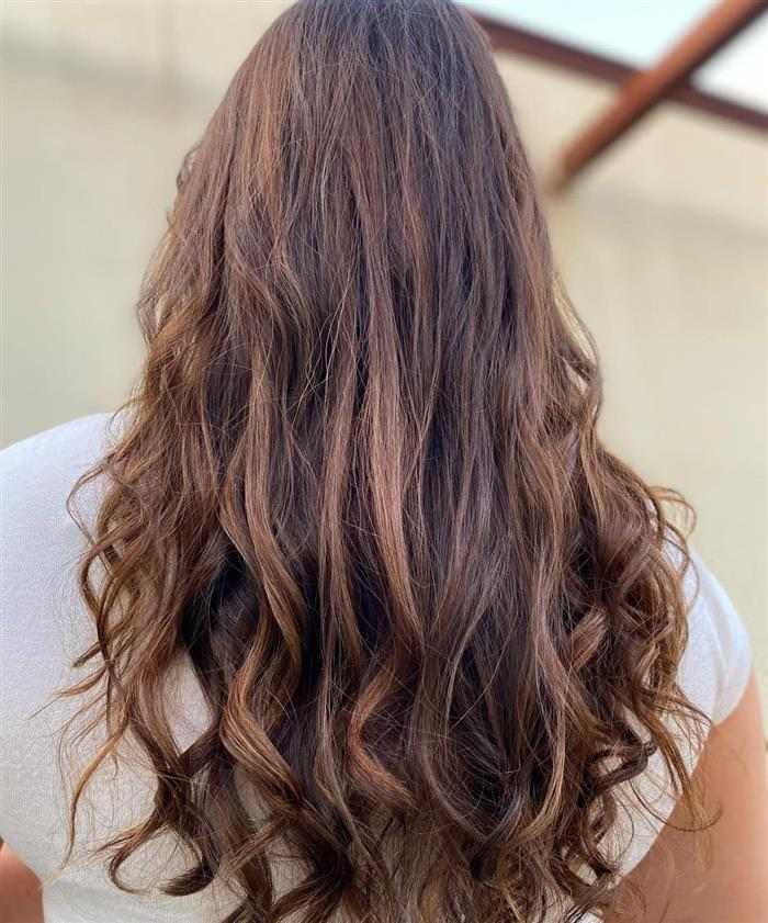 cabelos com mechas para morenas escuras