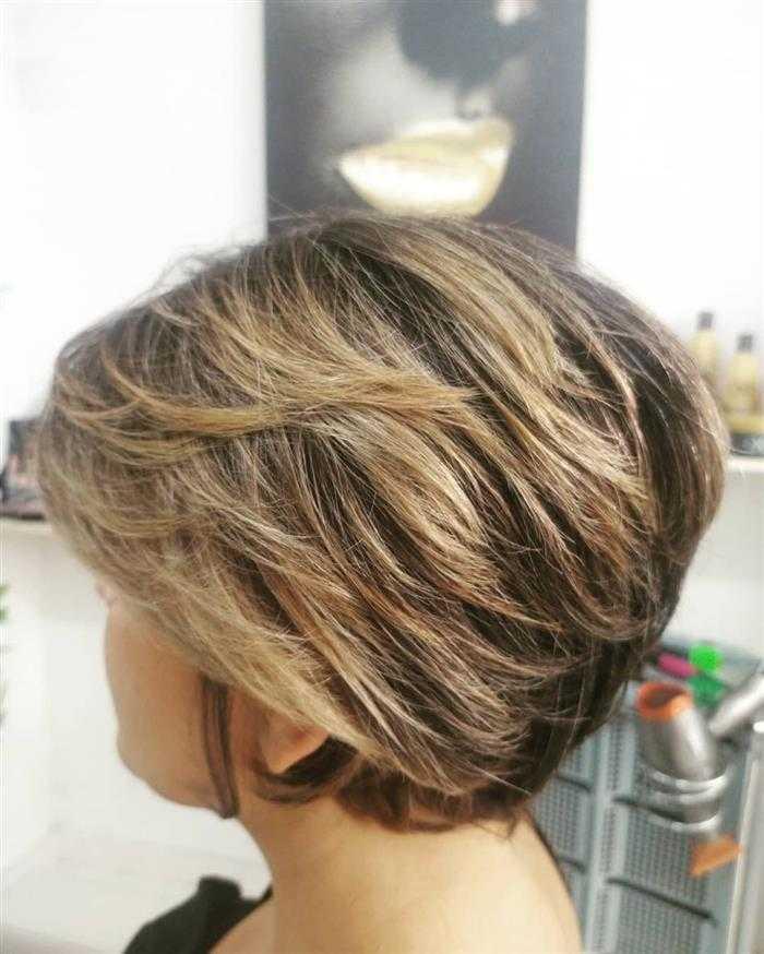 corte em camadas em cabelo curto